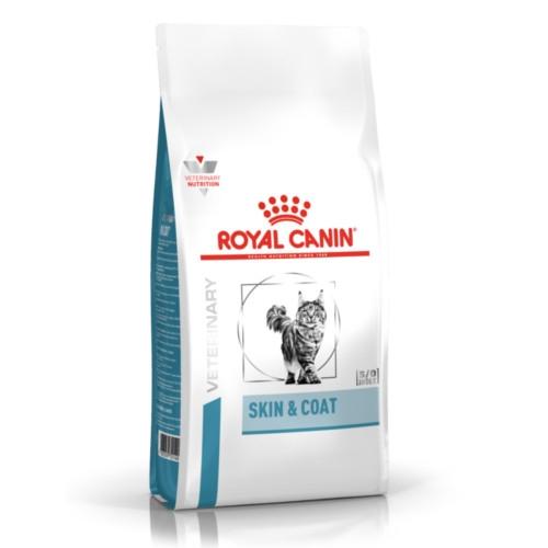 Das Royal Canin Skin & Coat Trockenfutter ist für Katzen.